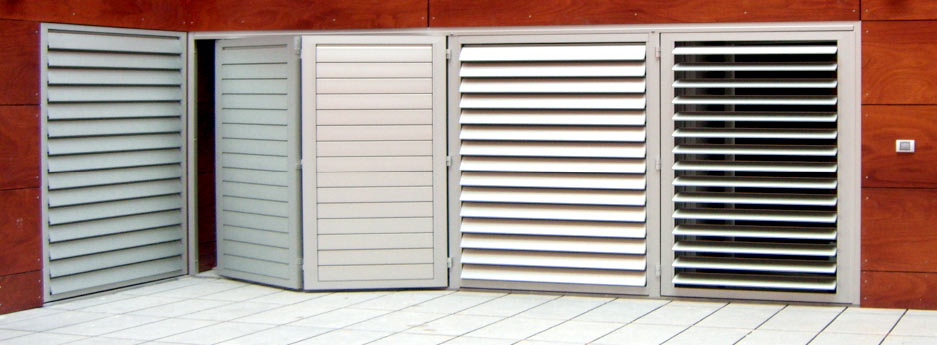tamiluz persiennes et volets de lames orientables et mobiles en aluminium. Black Bedroom Furniture Sets. Home Design Ideas
