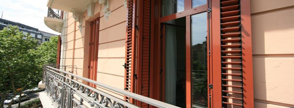 stunning cheap fabricants surmesure volets persiens lames orientables with volet persienne alu. Black Bedroom Furniture Sets. Home Design Ideas