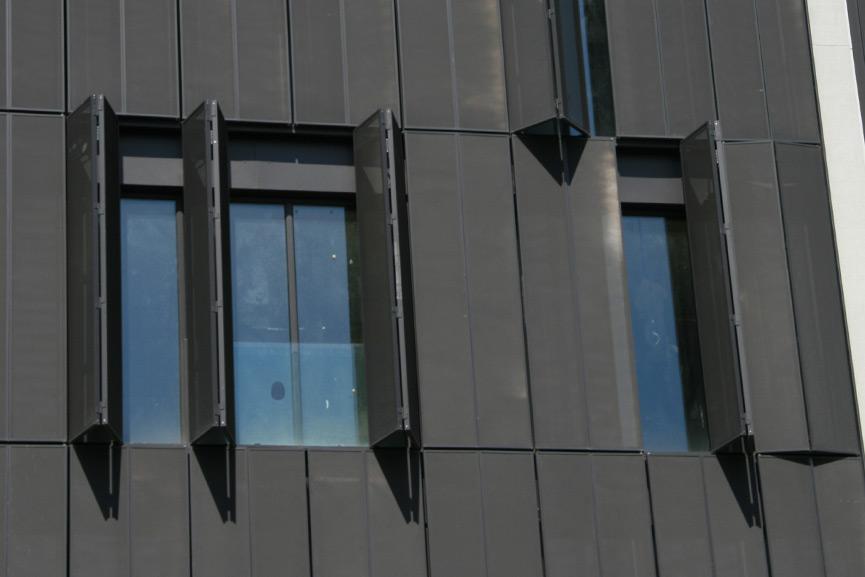tamiluz projets de volets brise soleil et brise vues volets aluminium volets bois. Black Bedroom Furniture Sets. Home Design Ideas